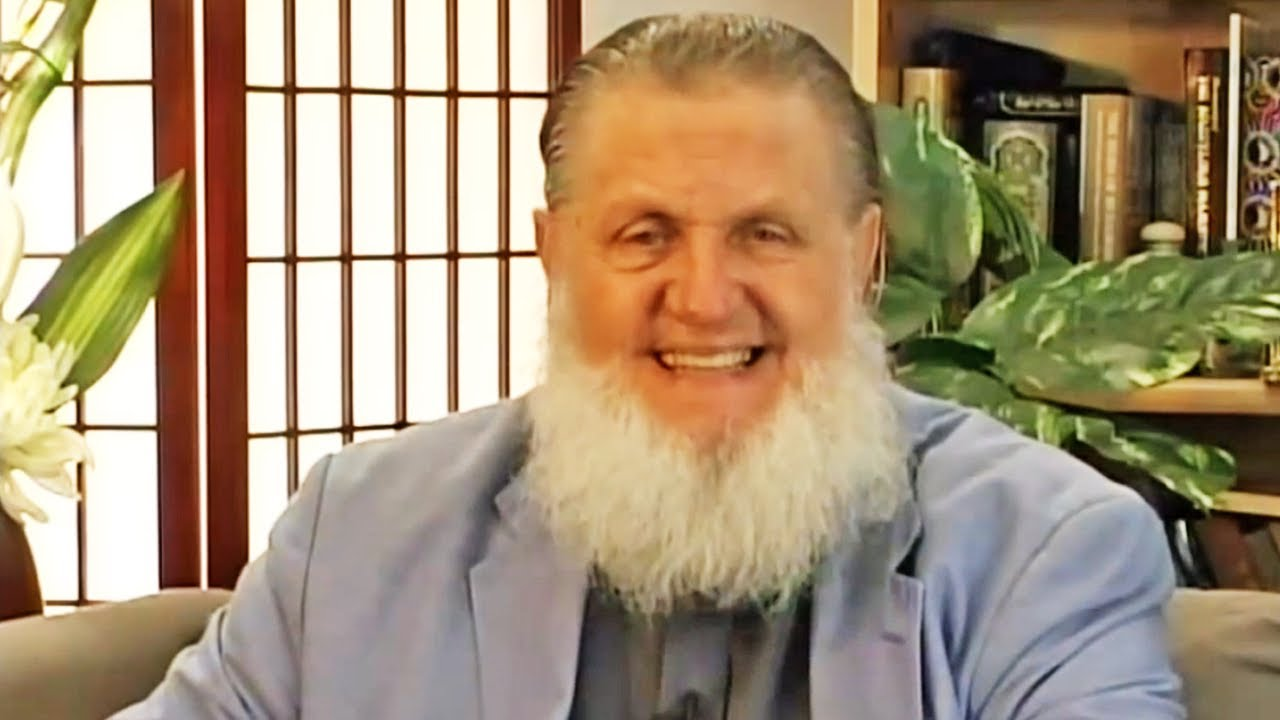 In this video Sheikh Yusuf Estes explains the meaning of Islam as understood by so many Muslims in the world of today. He refutes all false allegations that accuse Islam of being a hostile religion and that it was spread by the edge of the sword.