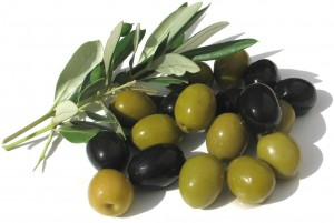 Most of the fatty acids in olives and olive oil are mono-unsaturated. Mono-unsaturated fatty acids do not contain cholesterol.